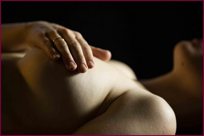 Ласки женской груди